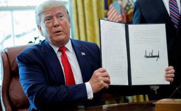 Трамп своим указом «накажет» Россию иКитай запоставки оружия Ирану