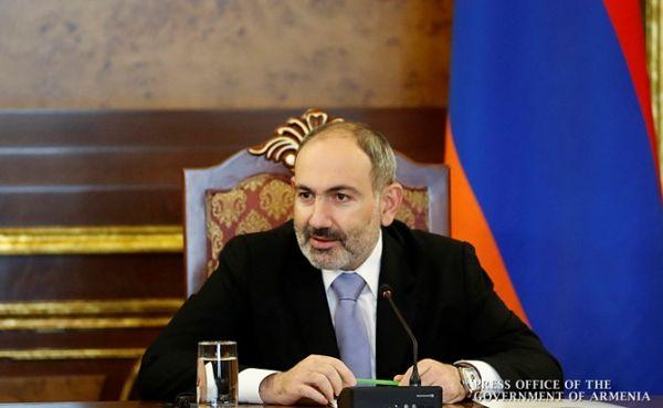 Пашинян нащупал траекторию: Россия— наш союзник, ЕСиСША— партнёры