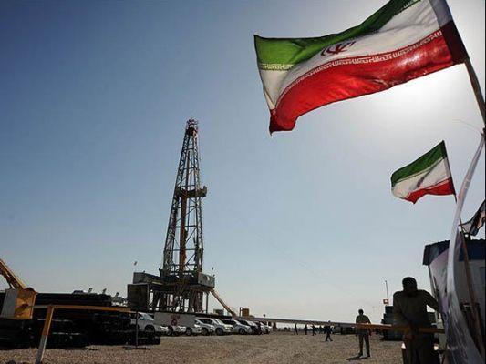 Евросоюз продолжит закупки иранской нефти в евро, а не в долларах