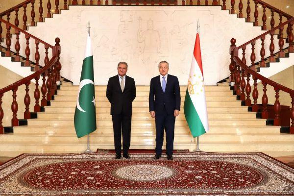 bbbf9327e6f64f2ad9ec7c9b6cf1b Главы МИД Таджикистана иПакистана обсудили вопросы безопасности врегионе