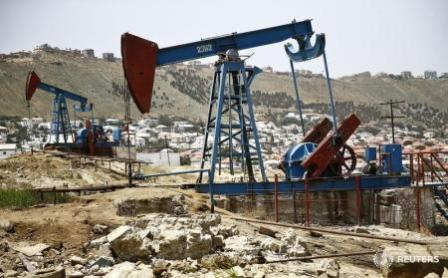 Нефть ушла в, минус из-за роста добычи в Ливии и США