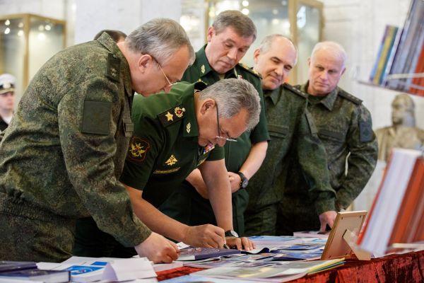 729e2dd7dace68d6d08a7df860da8 Россияне одобряют деятельность армии больше, чем правоохранителей— опрос