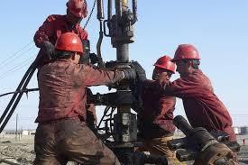 Иран выступил против увеличения добычи нефти