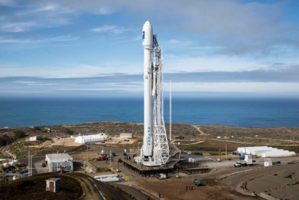 SpaceX отменила запуск ракеты за2 секунды достарта