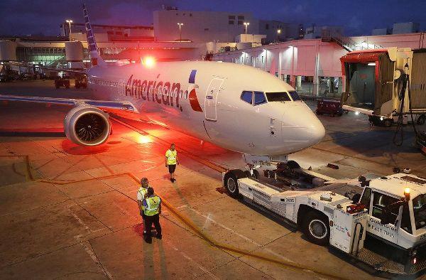 Картинки по запросу «American Airlines»