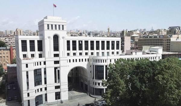 3e95f5e9c9485692453da7c583273 Инцидент наруднике: Ереван ожидает долгий процесс нановой границе сБаку