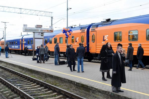 bb278c64f93db5d2cfb7bab1b155d СМИ: Поезд Рига— Москва— Санкт-Петербург больше ходить никогда небудет?
