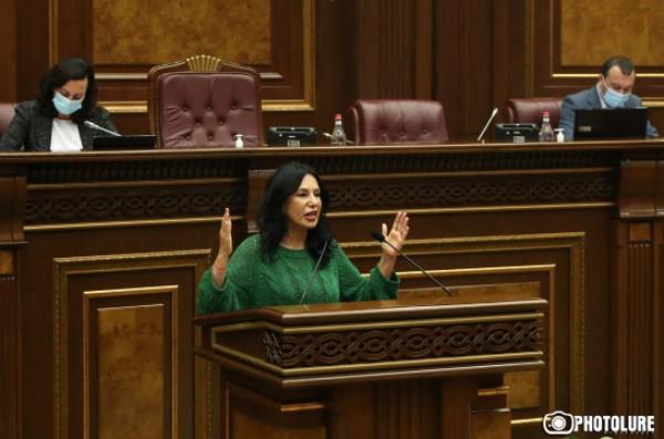 d611a864eeeb82ef9aaaed477fa51 «Сдал Родину»: армянский депутат призналась Пашиняну вненависти