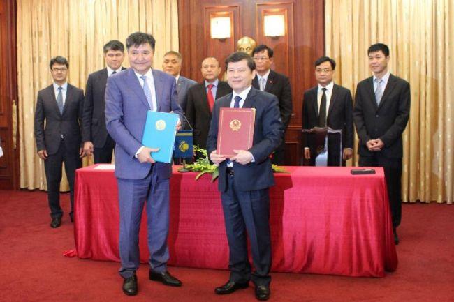 Казахстан ратифицировал договор с Вьетнамом о правовой помощи