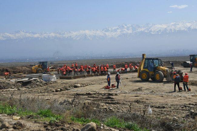 В Алма-Ате начали строить быстровозводимую больницу
